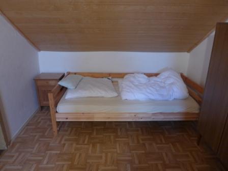 Bett im Gang